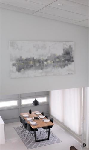 Iso akustiikkamaalaus Porin asuntomessukodissa